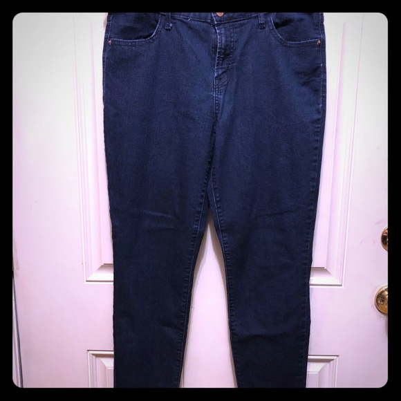 Old Navy Denim - Old navy dark wash jeans